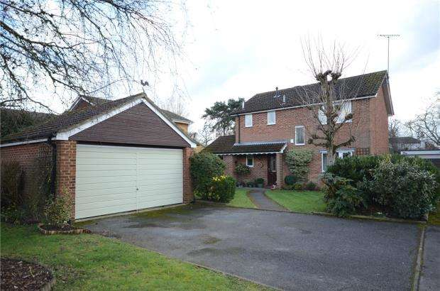 4 Bedrooms Detached House for sale in Mays Road, Wokingham, Berkshire