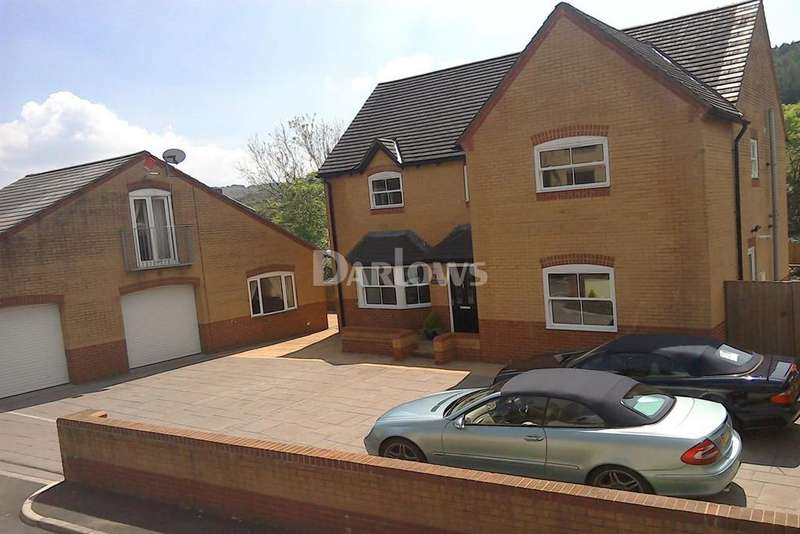 4 Bedrooms Detached House for sale in River Street, Ystrad