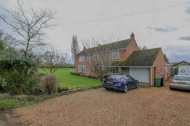 5 Bedrooms Detached House for sale in The Willows, Outwell