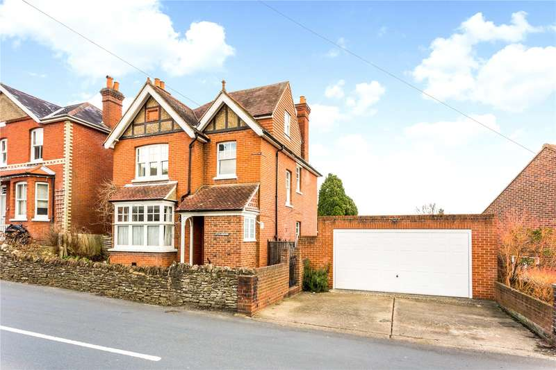 4 Bedrooms Detached House for sale in Farncombe Hill, Godalming, Surrey, GU7
