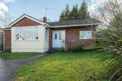 4 Bedrooms Bungalow for sale in Taverham, Norwich, Norfolk