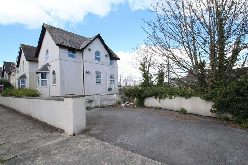 2 Bedrooms Flat for sale in Thurlow Road, Torquay