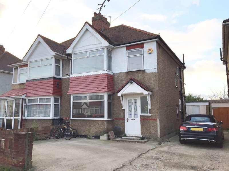 4 Bedrooms Semi Detached House for sale in Legrace Avenue, Hounslow, TW4