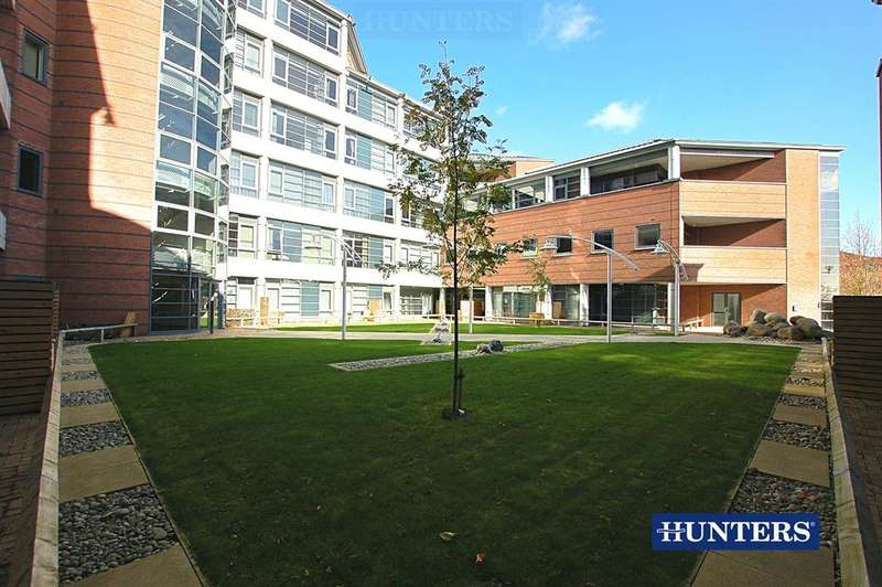 1 Bedroom Apartment Flat for sale in Landmark, Waterfront West, Brierley Hill, DY5 1LY