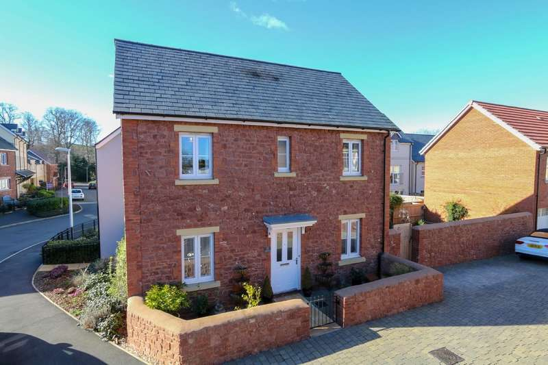 3 Bedrooms Detached House for sale in Carhaix Way, Dawlish