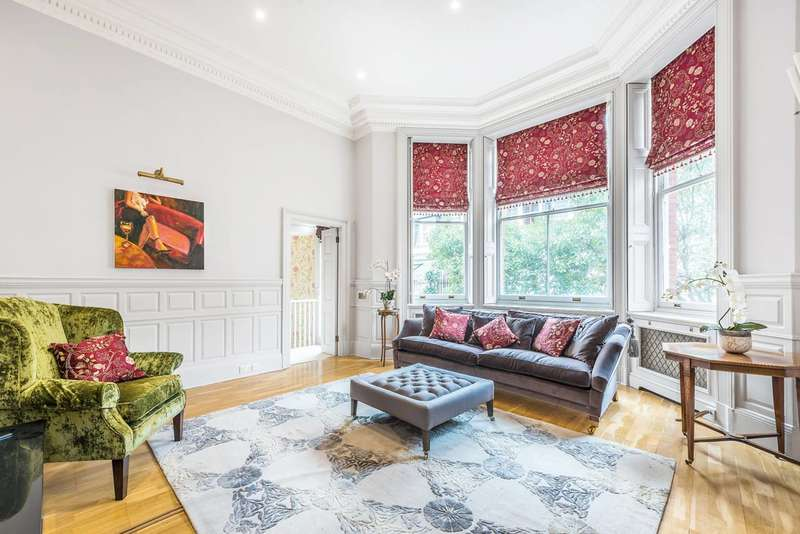 3 Bedrooms Flat for sale in Cadogan Square, Chelsea, SW1X