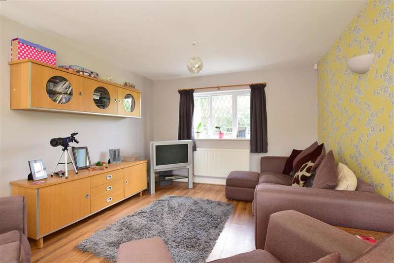4 Bedrooms Detached House for sale in Dunnings Road, , East Grinstead, West Sussex