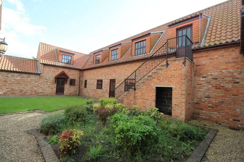 4 Bedrooms Barn Conversion Character Property for sale in The Green, Wolviston