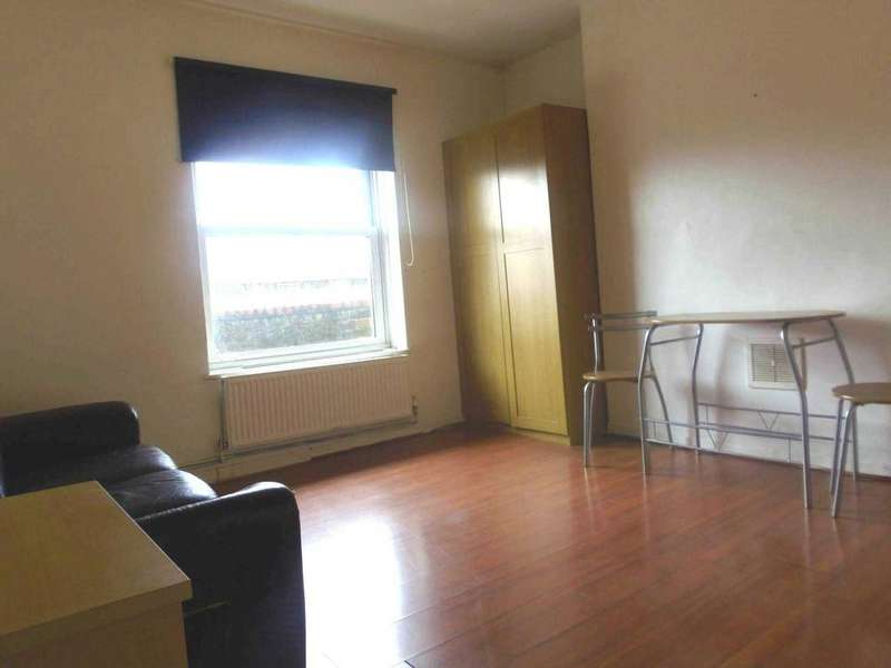 4 Bedrooms Apartment Flat for sale in Brigstock House, Lilford Road, Camberwell