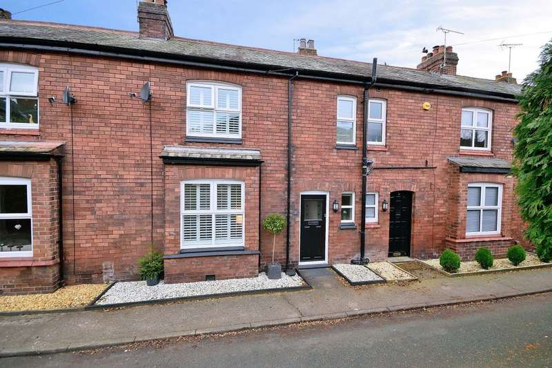 3 Bedrooms Property for sale in Back Crossland Terrace, Helsby, Frodsham, WA6