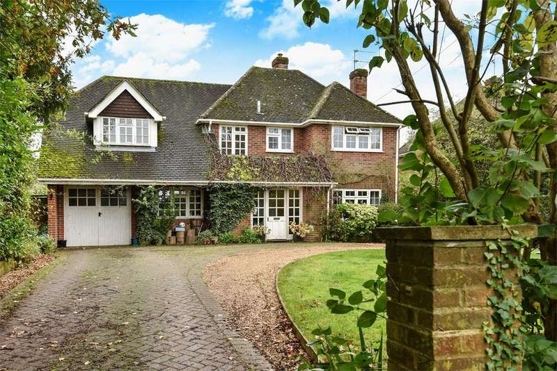4 Bedrooms Detached House for sale in Upper Wield, Alresford, Hampshire