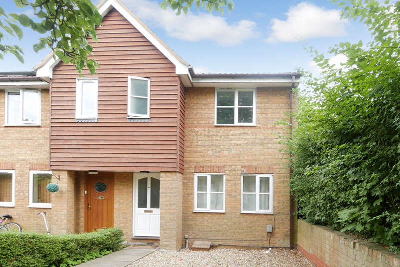 3 Bedrooms End Of Terrace House for rent in Morecambe Close, Stevenage