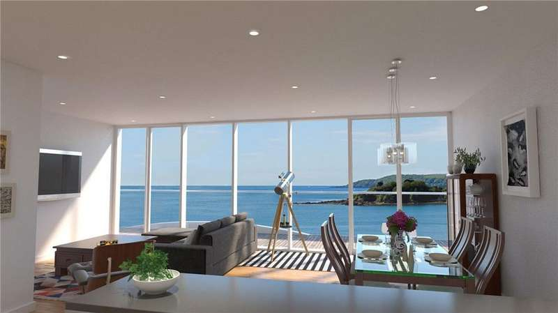2 Bedrooms Flat for sale in Apartment 7, 1620 The Residences, Cliff Road, Plymouth, PL1