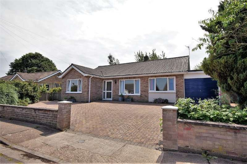 3 Bedrooms Detached Bungalow for sale in The Rise, Navenby