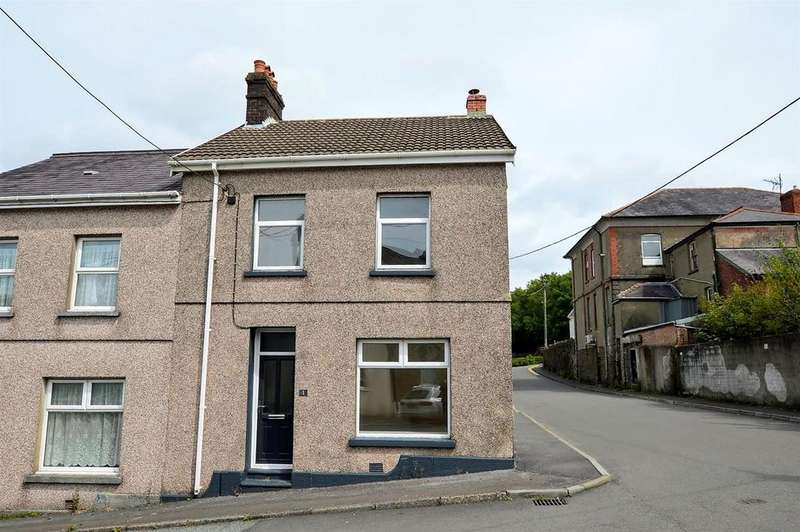 3 Bedrooms Terraced House for sale in Park Place, Tumble