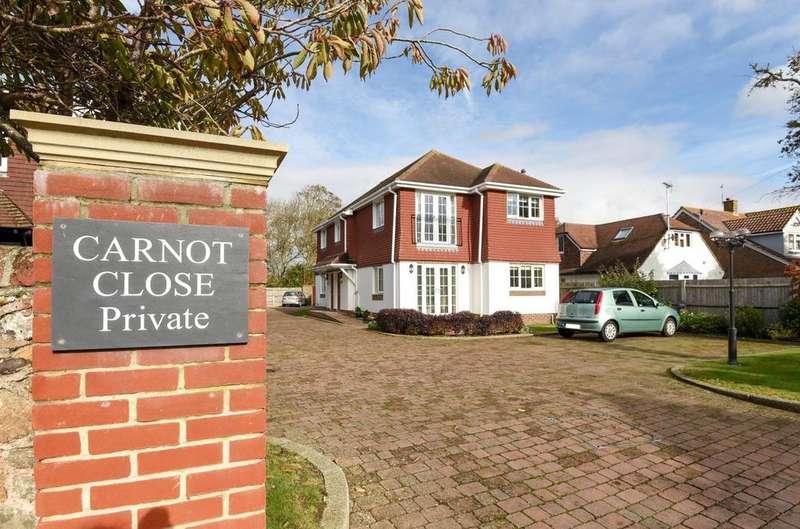 3 Bedrooms Flat for sale in Carnot Close, Aldwick, Bognor Regis, PO21