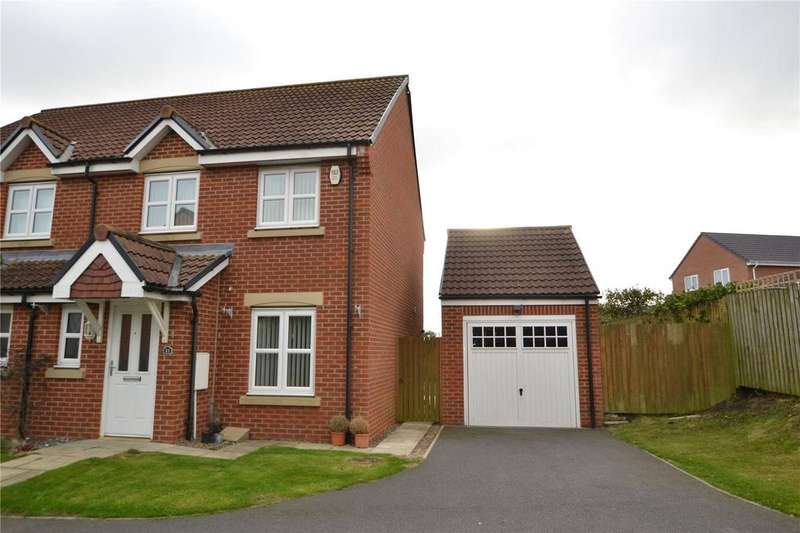 3 Bedrooms Semi Detached House for sale in Brackenridge, Shotton Colliery, Co.Durham, DH6