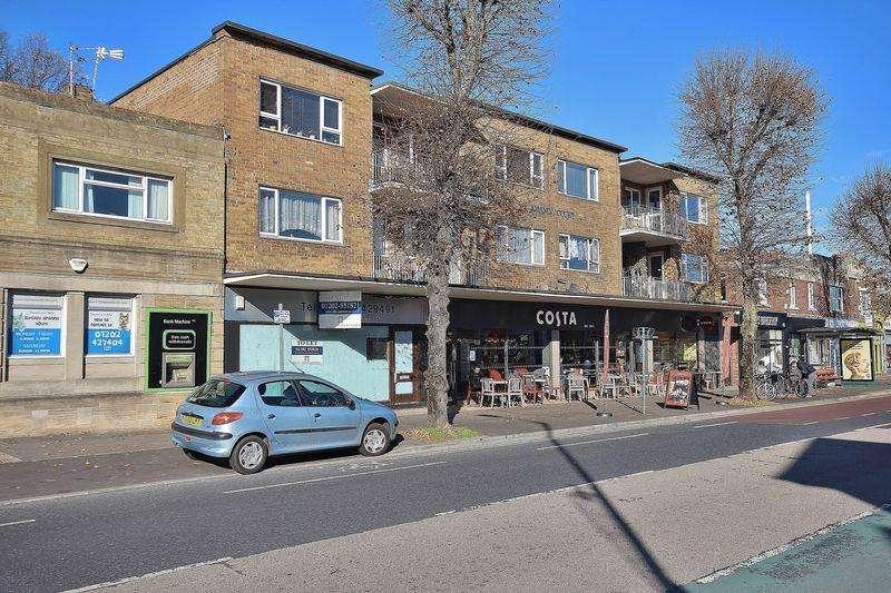 2 Bedrooms Flat for sale in 3 Holdenhurst Avenue, Boscombe East, Bournemouth