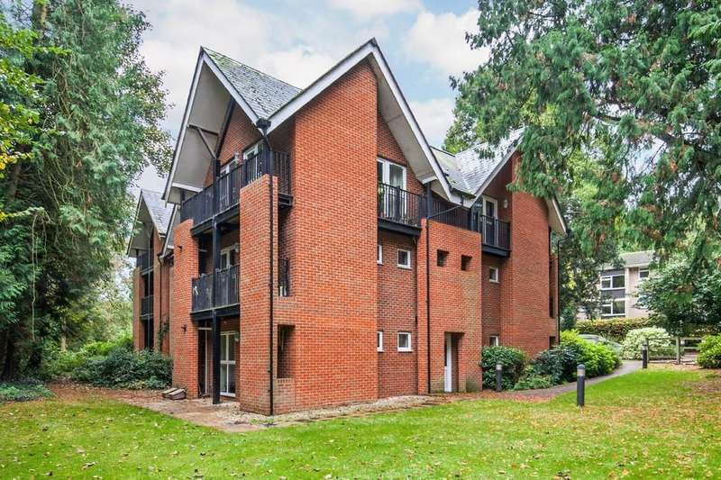 3 Bedrooms Apartment Flat for sale in St. Cross Road, St. Cross, Winchester, SO23