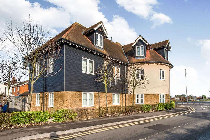 2 Bedrooms Flat for rent in The Street, Boughton-Under-Blean, Faversham, ME13