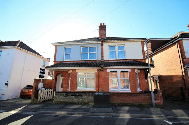 3 Bedrooms Semi Detached House for sale in Wheaton Road, Bournemouth, Dorset