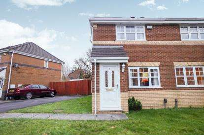 2 Bedrooms Semi Detached House for sale in Mullein Close, Lowton, Warrington, Greater Manchester