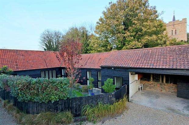 3 Bedrooms Semi Detached Bungalow for sale in Chapel Street, Duxford, Cambridge