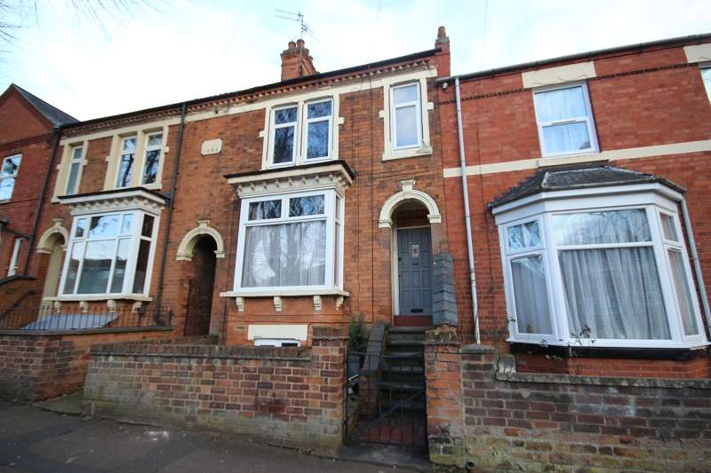 3 Bedrooms Terraced House for sale in Cannon Street, Wellingborough, Northamptonshire. NN8 4DU