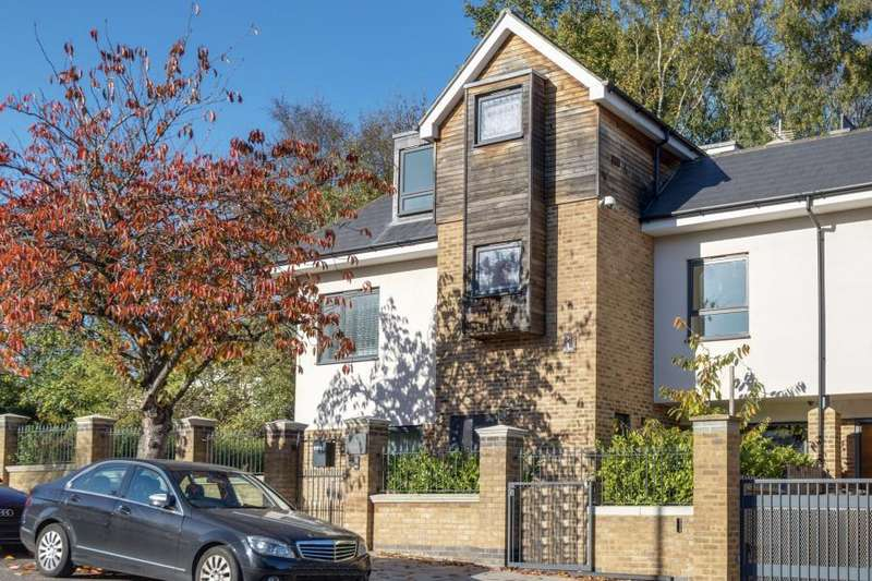 5 Bedrooms Semi Detached House for rent in Cranley Gardens, Muswell Hill, N10