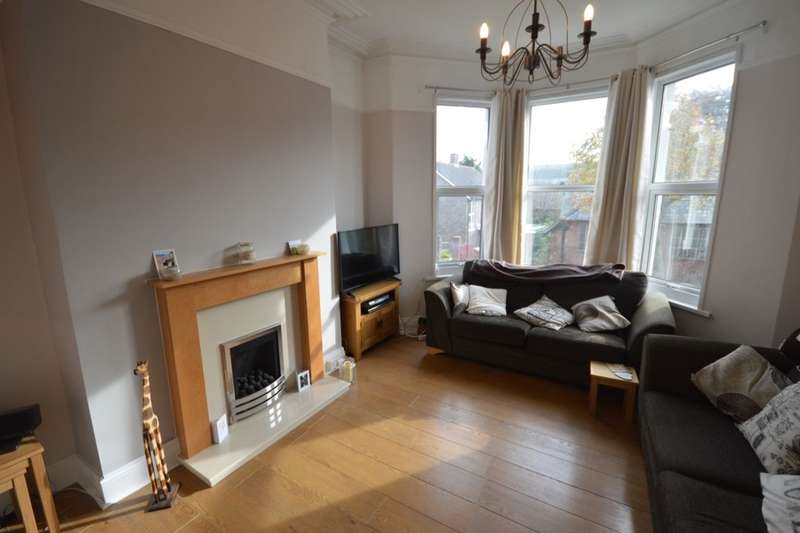 2 Bedrooms Flat for sale in Edith Avenue, St Judes, Plymouth, PL4