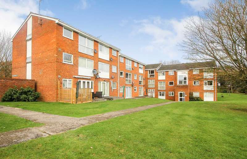 2 Bedrooms Apartment Flat for sale in OUTSTANDING 2 bed GROUND FLOOR apartment - SOUGHT AFTER development with NO UPPER CHAIN.