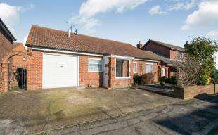 3 Bedrooms Bungalow for sale in Turner Street, Cliffe, Rochester, Kent