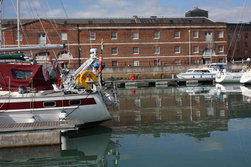 2 Bedrooms Apartment Flat for rent in Granary and Bakery, Weevil Lane, Gosport PO12