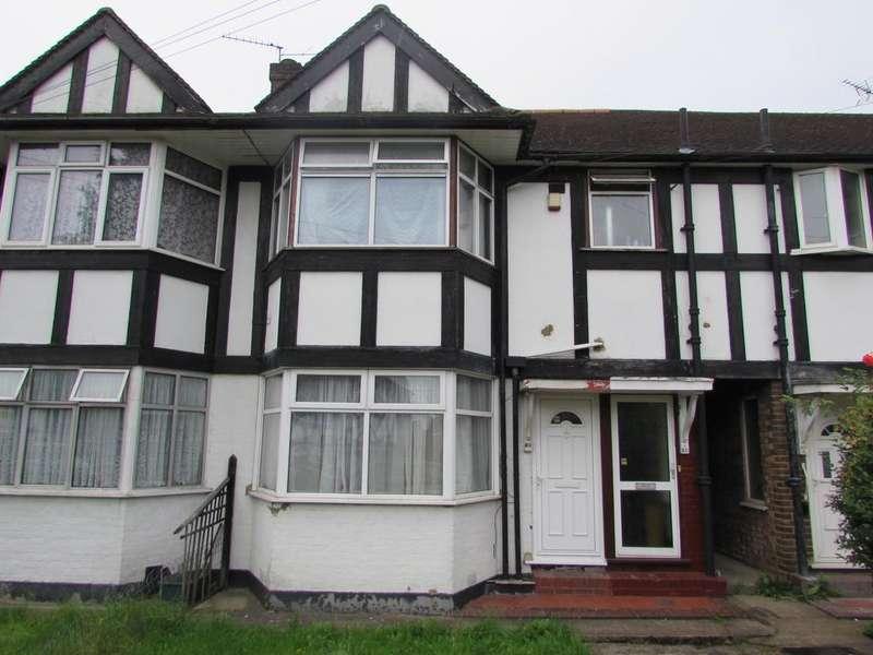 2 Bedrooms Maisonette Flat for sale in Highcroft Avenue Wembley HA0