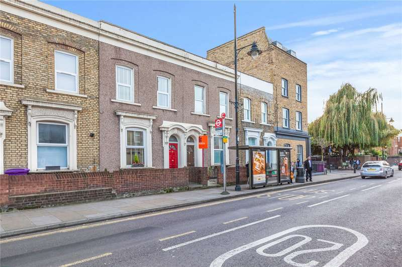 3 Bedrooms House for sale in Roman Road, Bow, London, E3