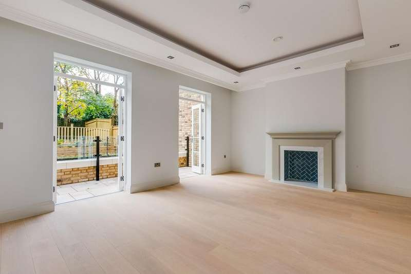 4 Bedrooms House for rent in Burlington Lane, Chiswick, London, W4