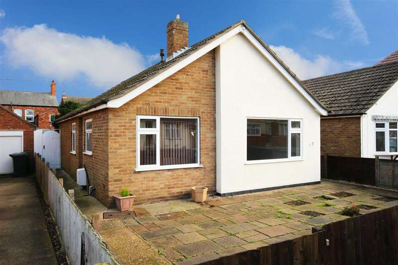 3 Bedrooms Detached Bungalow for sale in Somersby Avenue, Mablethorpe