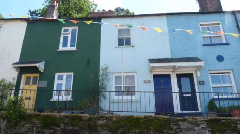 2 Bedrooms Cottage House for rent in Church Street, Kingsbridge
