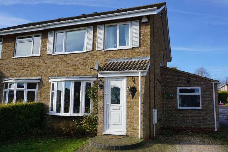 3 Bedrooms Semi Detached House for sale in ASHLEA, OLNEY