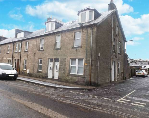 3 Bedrooms Maisonette Flat for sale in Henry Street, Langholm, Dumfries and Galloway