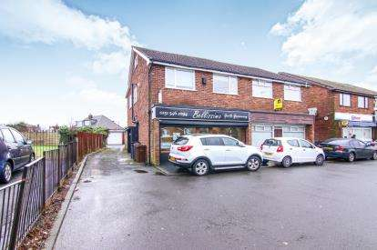 3 Bedrooms Flat for sale in Waddicar Lane, Melling, Liverpool, Merseyside, L31