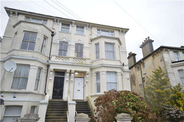 1 Bedroom Flat for sale in Flat, Stockleigh Road, ST LEONARDS-ON-SEA, TN38 0JP