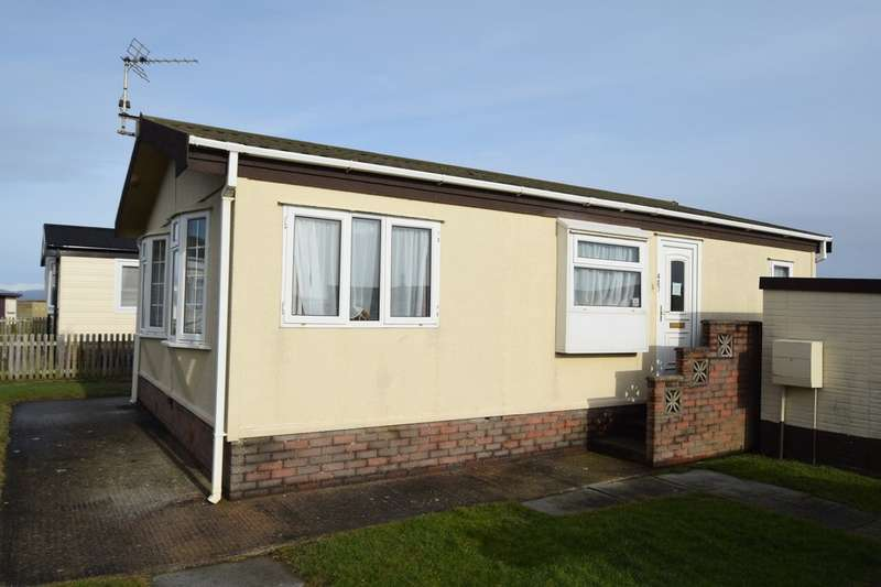 2 Bedrooms Mobile Home for sale in West Shore Park, Walney, Cumbria, LA14 3YA