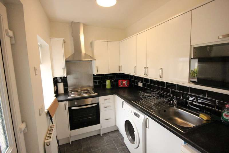4 Bedrooms Terraced House for rent in Ramsey Road, Crookes S10