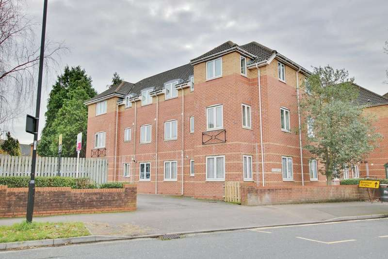 2 Bedrooms Apartment Flat for sale in Coxford Road, Southampton