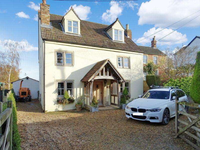 4 Bedrooms Detached House for sale in Perrys Lane, Seend