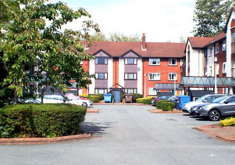 2 Bedrooms Flat for sale in Knights Court, Canterbury Gardens, Salford