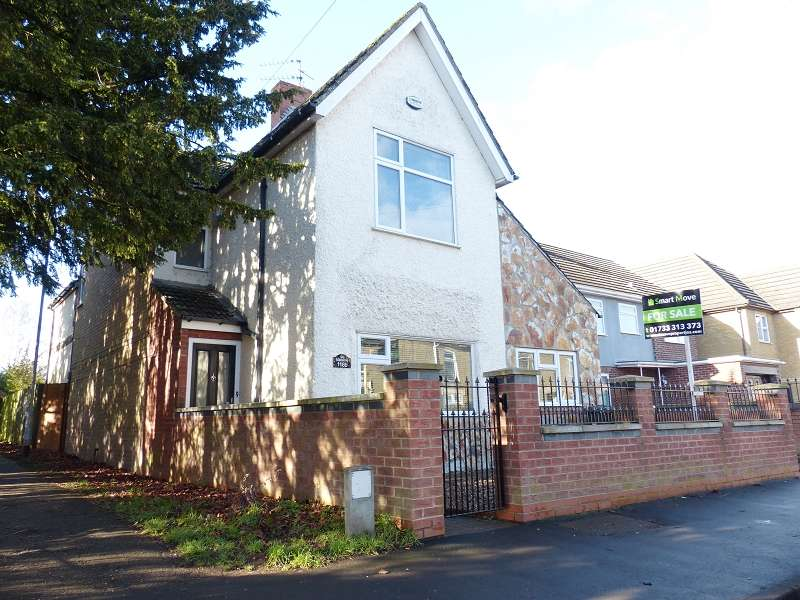 3 Bedrooms Detached House for sale in New Road, Woodston, Peterborough, Cambridgeshire. PE2 9HF