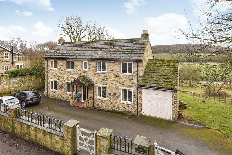4 Bedrooms Detached House for sale in Underwood Drive, Rawdon, Leeds, LS19 6LA
