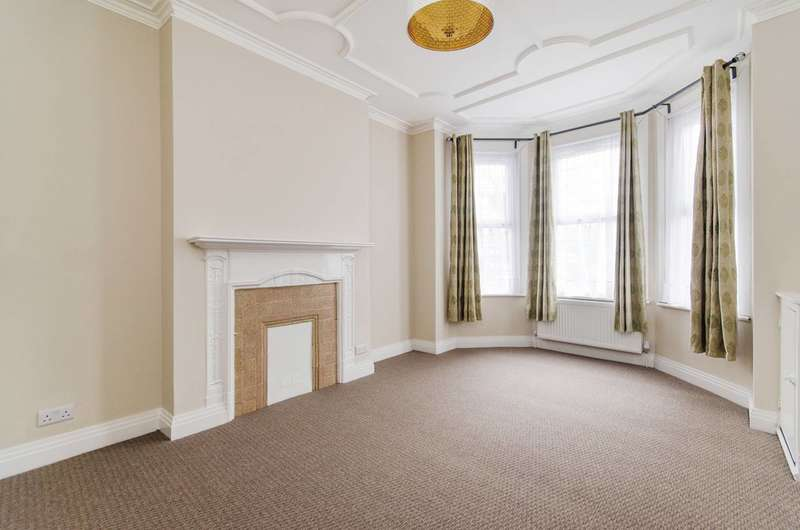 3 Bedrooms House for rent in South Hill Avenue, South Harrow, HA2